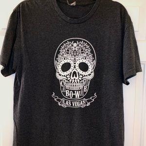 LAS VEGAS t-shirt w/a white sugar skull 💀
